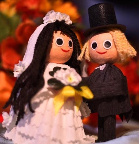Bridal Couple: Man & Woman - 2 pcs Box